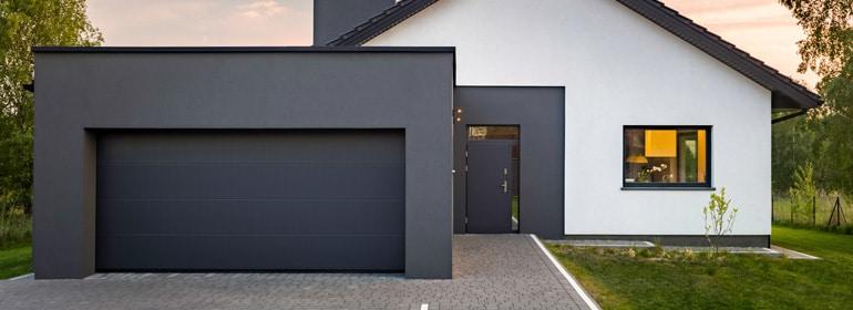 Pourquoi choisir une porte basculante pour votre garage?
